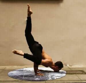 varikozele-yoga